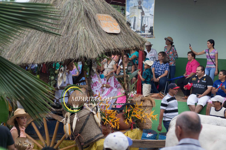 Desfile de carreta 2015-117