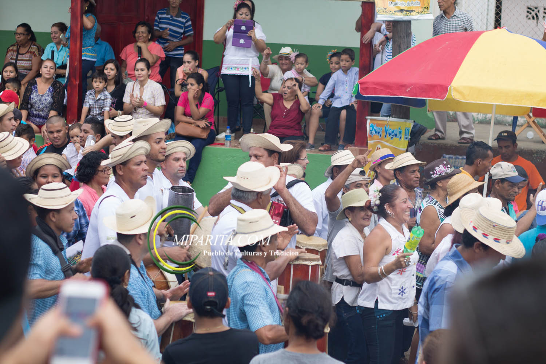 Desfile de carreta 2015-121