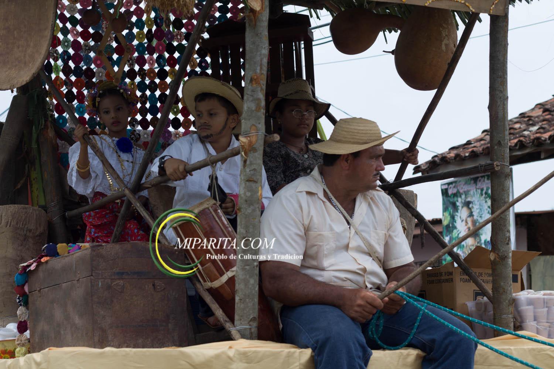 Desfile de carreta 2015-79