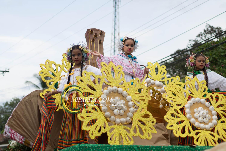 Desfile de carreta 2015-85
