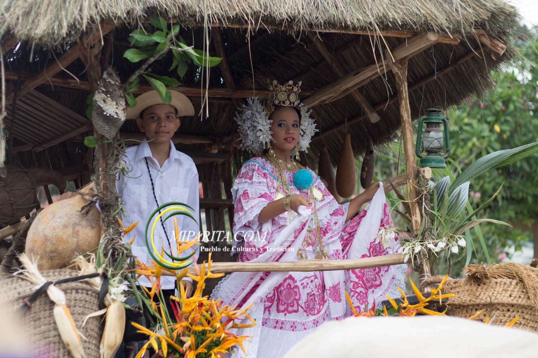 Desfile de carreta 2015-95