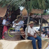 Desfile de carreta 2015-124